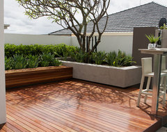 Harrisdale contemporary-deck