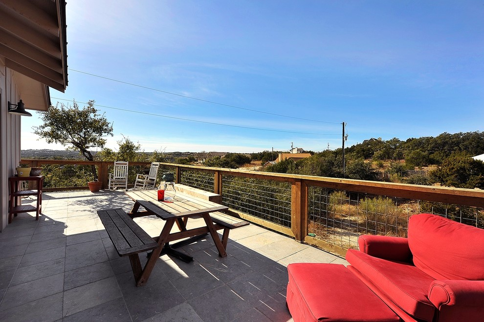 Deck - mid-sized farmhouse deck idea in Austin with no cover