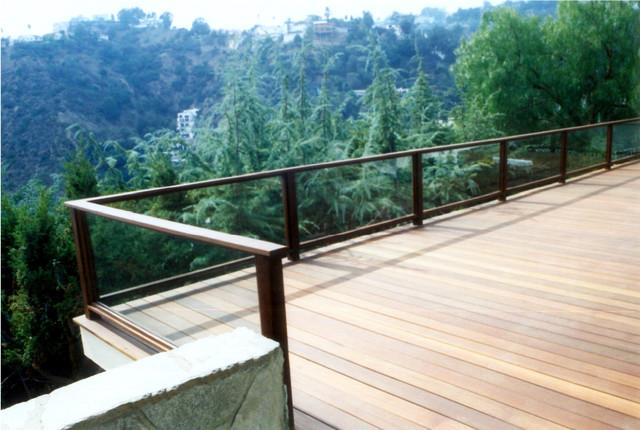 Hillside Deck Of Mangaris With Glass Railing Modern