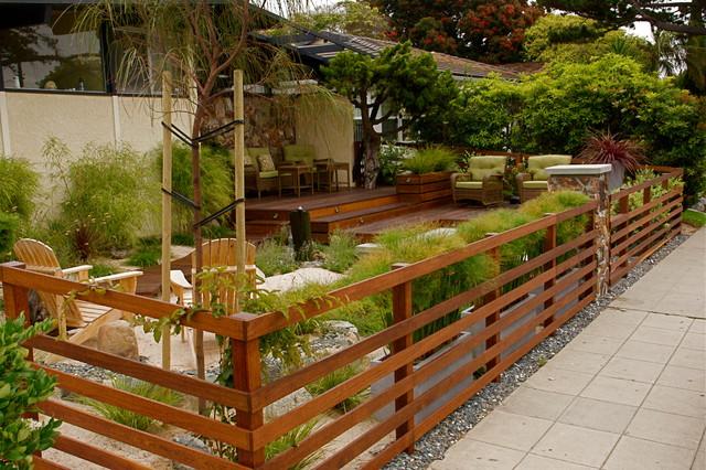 Horizontal Hardwood Fencing Asian Deck San Diego