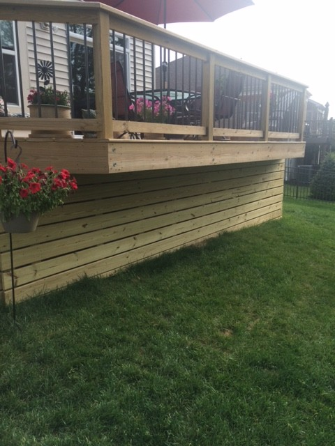 Horizontal Wood Deck Skirting Batavia OH Area Modern