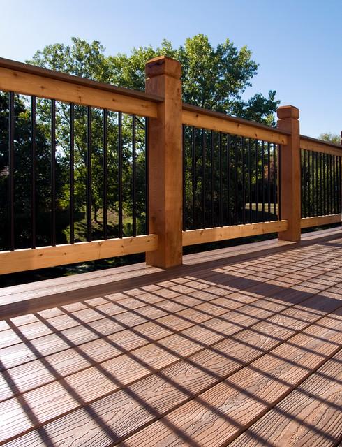 Hudson envision composite deck in kansas city for Envision decking