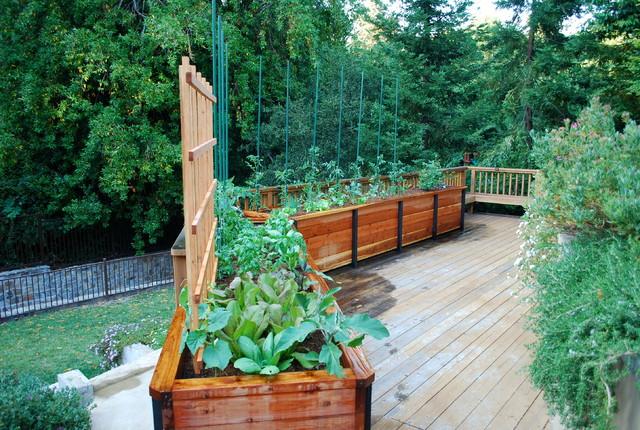 JD Garden, Hillsborough traditional-deck