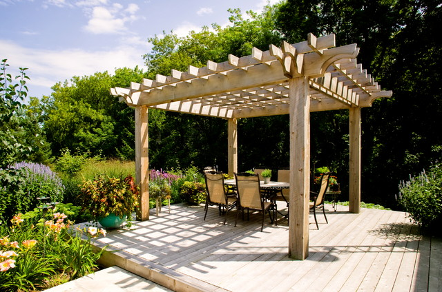 A Gardener's Paradise traditional-deck