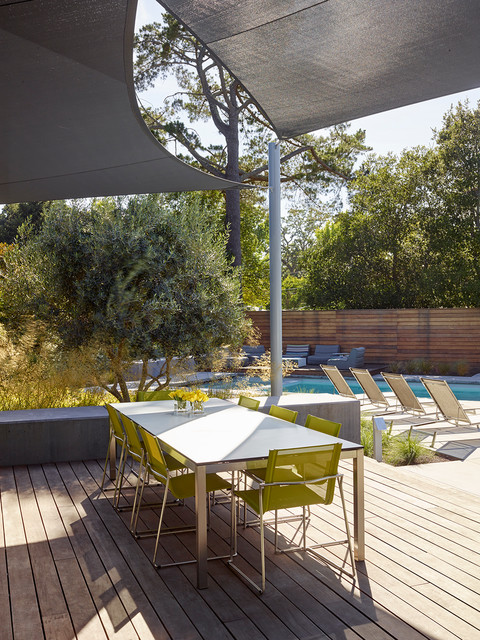 Lafayette Garden and Pool contemporary-deck