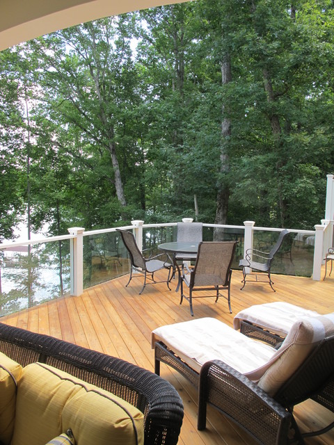 Lake Appeal traditional-deck