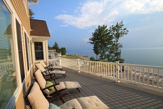 LakeBridge One beach-style-deck