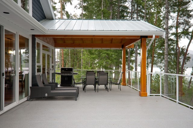 Lakefront Living contemporary-deck