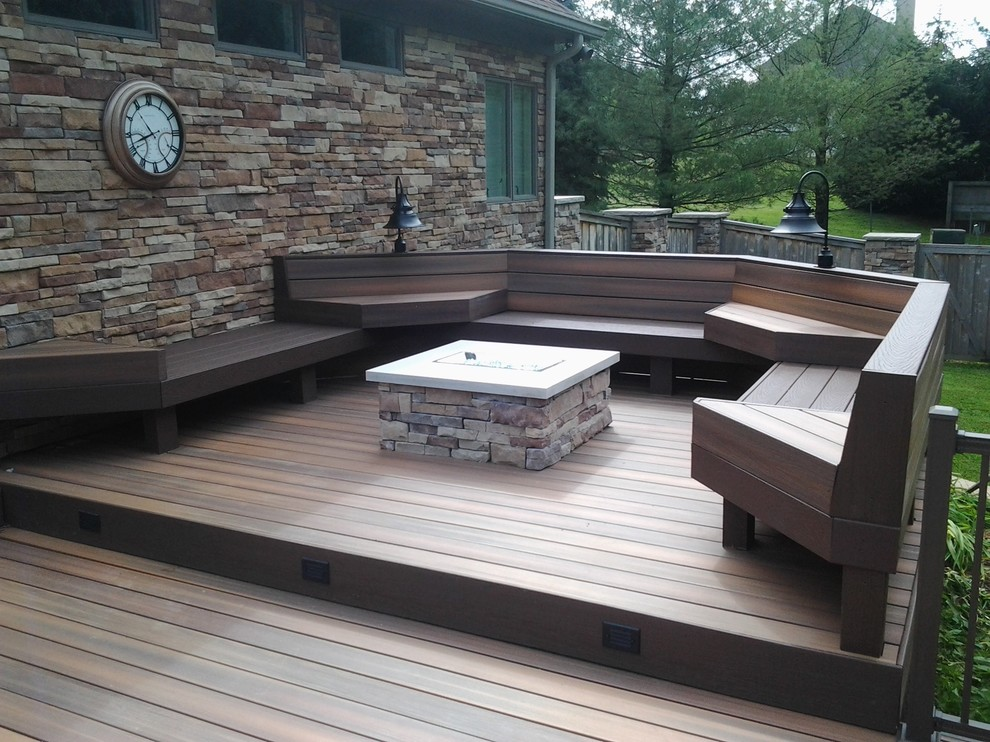 Outdoor kitchen deck - large craftsman backyard outdoor kitchen deck idea in Indianapolis with no cover