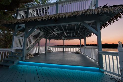 luces azules para la cabaña o deck de la playa