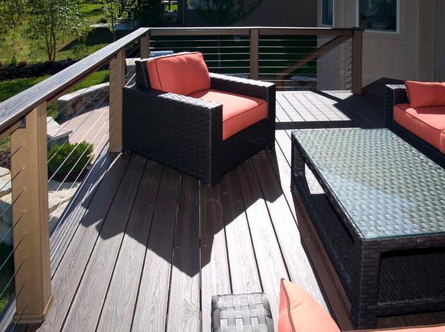 Lester Envision Composite Deck In Kansas City
