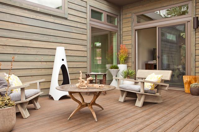 LivingHomes C6 designed by Jamie Bush in Palm Springs Modernism Week rustic-deck