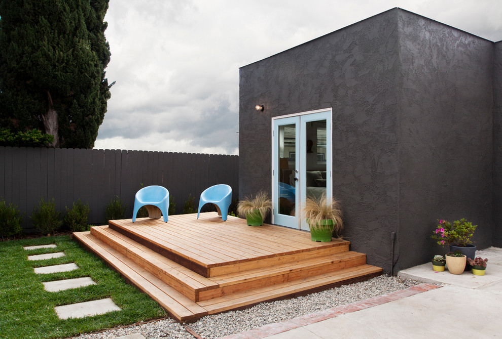 The Tiny Home Craze: Mini Decking