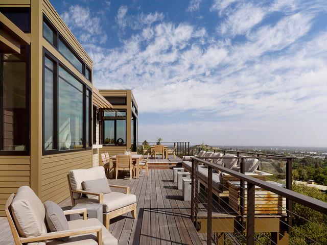 Los Altos Hills modern-deck