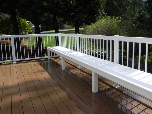 Low Maintenance Built In Deck Bench Using Azek And