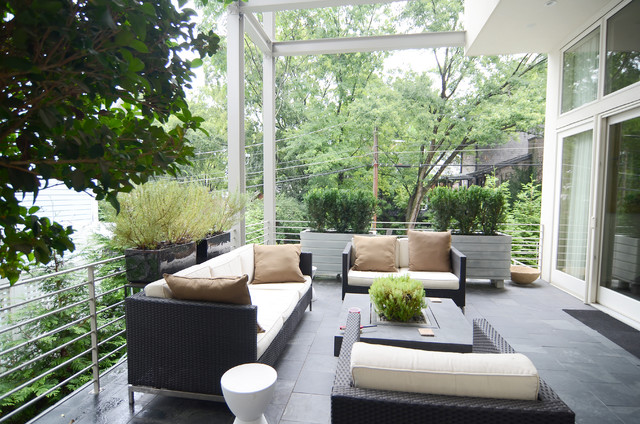 Midtown Green House contemporary-deck