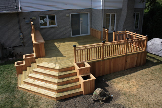 CEDAR&WOOD PATIO DECK  Modern  Deck  montreal  by Patio DeckArt