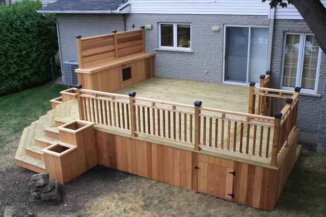 Cedar wood patio deck modern deck montreal by for Exterior decks and design