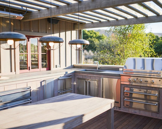 Outdoor kitchen sinks home design ideas pictures remodel for Outdoor kitchen ideas houzz