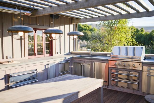 Modern farmhouse farmhouse deck santa barbara by for Country outdoor kitchen ideas