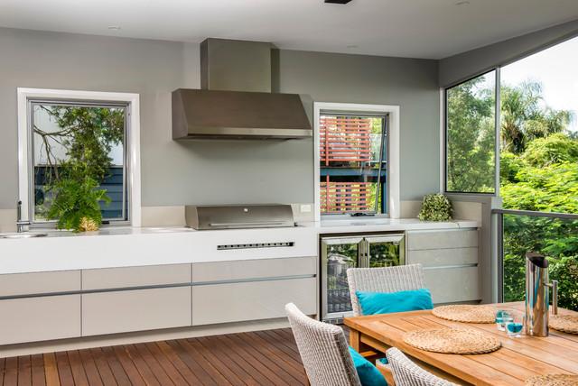 Modern Queenslander - Contemporary - Deck - Brisbane - by Darren ...