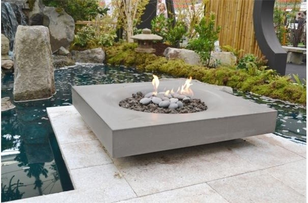 Modern Zen Garden With Halo Fire Pit By Solus Contemporary Deck