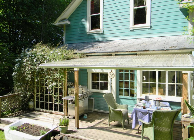 My Houzz: 1891 Queen Anne Home with a View eclectic-deck
