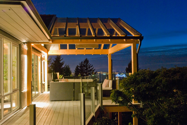 My Houzz: Full-Tilt Reinvention for a 1950s Ranch contemporary-deck