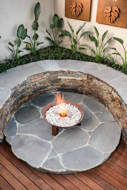 Natural fire havan contemporary-deck
