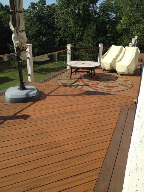 Neely Deck traditional-deck