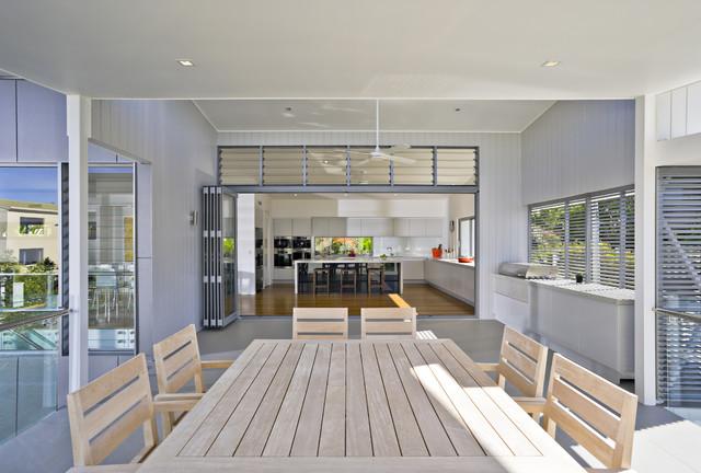 Noosa 2 contemporary-deck