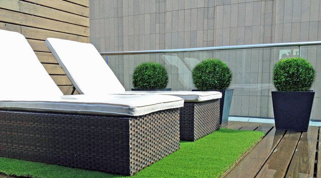 nyc terrace deck: roof garden, artificial turf, chaise lounges