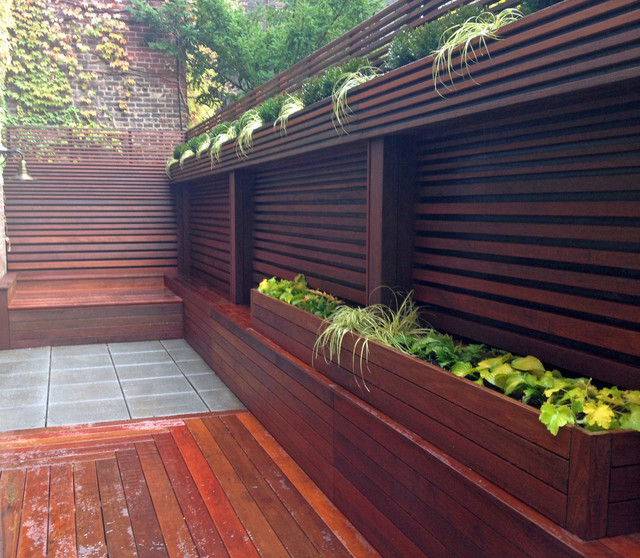 Nyc terrace wood fence deck patio privacy ipe for Privacy wall planter