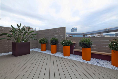 Office terrace design contemporain terrasse en bois et for Terrasse design contemporain