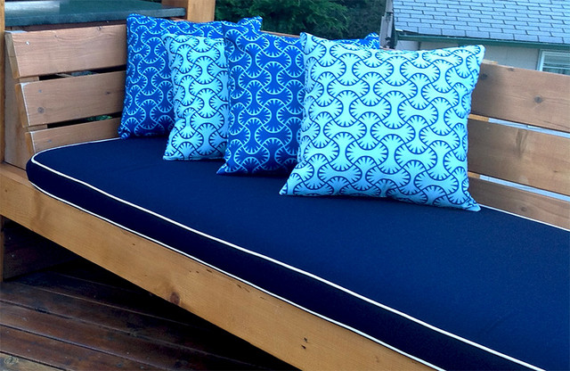 Outdoor Furniture Cushions Traditional Deck