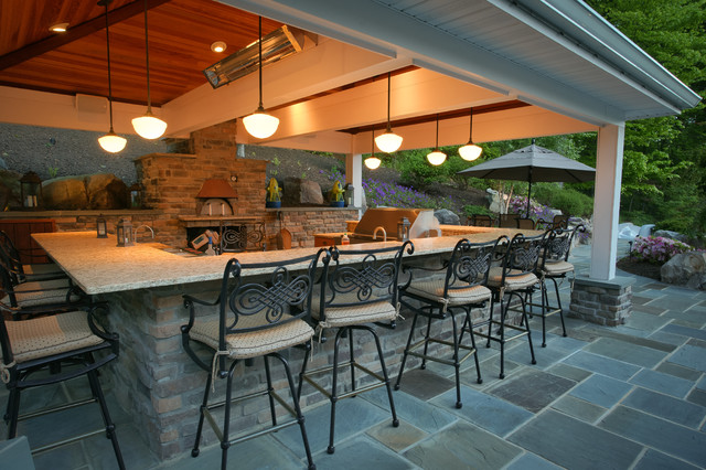 Outdoor Kitchen With Pizza Oven Traditional Terrace And Balcony Nice Design