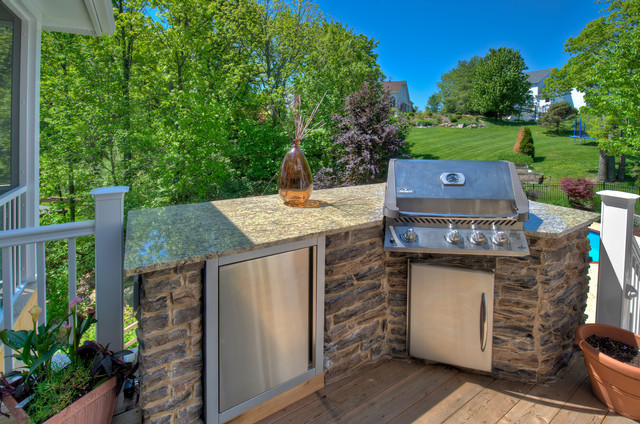 Outdoor kitchens grills and refrigerators traditional for Outdoor kitchen refrigerators built in