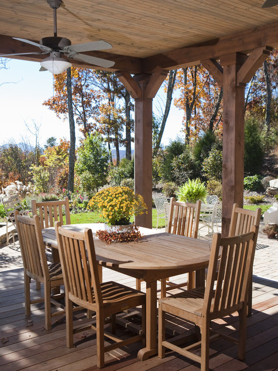 Cedar posts home design ideas pictures remodel and decor for Rustic covered decks