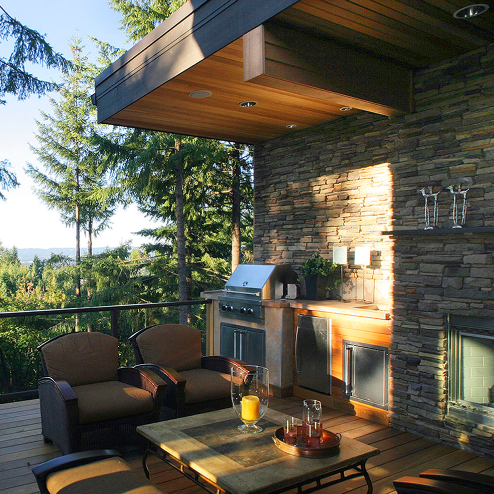 Trendy deck photo in Portland with a fire pit