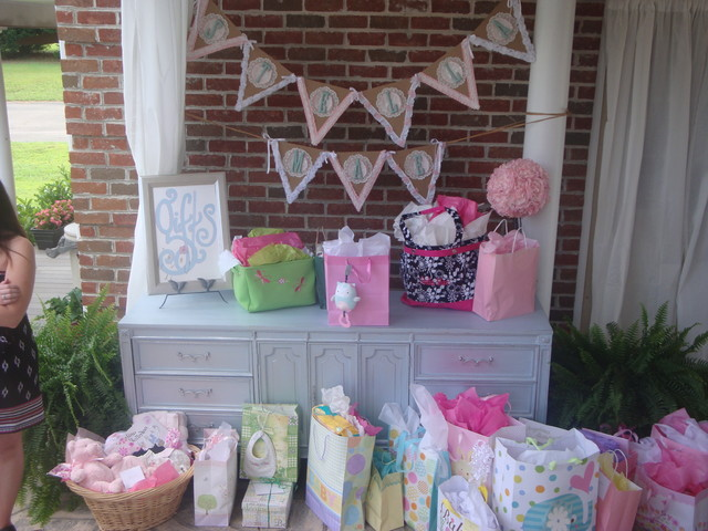 Party Design Shabby Chic Woodlands Baby Shower Rústico