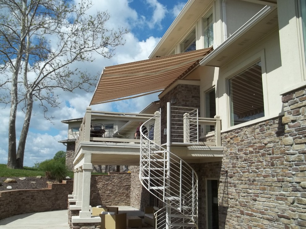 PATIO RETRACTABLE AWNINGS - Traditional - Deck ...