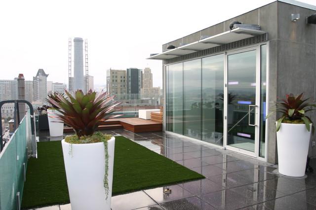 Penthouse Patio modern-deck