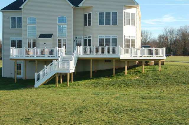 Poolesville Maryland Low Maintenance Deck contemporary-deck