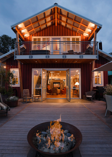 Portland floating home traditional deck portland Floating homes portland