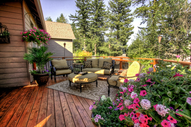 Portland Landscaping Outdoor Living Traditional Deck Portland by Para
