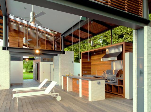 Rappahannock Bend Summer House modern-patio
