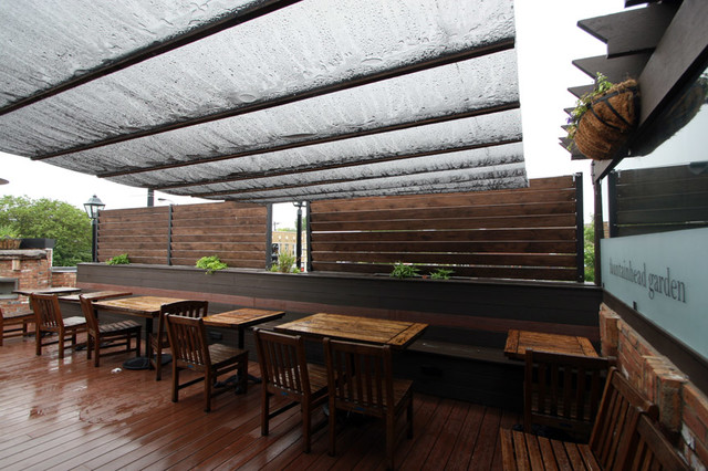 ravenswood restaurant rooftop dining area traditional