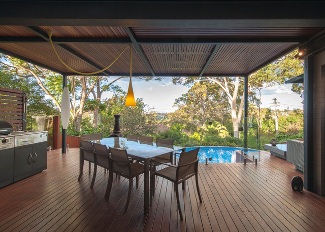 Remaking an 80's house in Castlecrag contemporary-deck