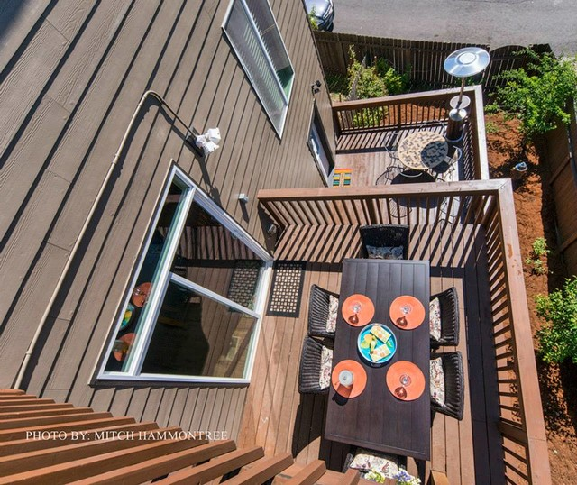 Remodeling traditional-deck
