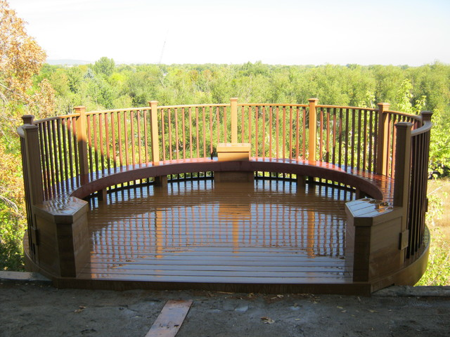 round deck - Traditional - Deck - denver - by Rocky Creek Carpentry